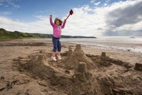 Kids-Sandcastle-Beach