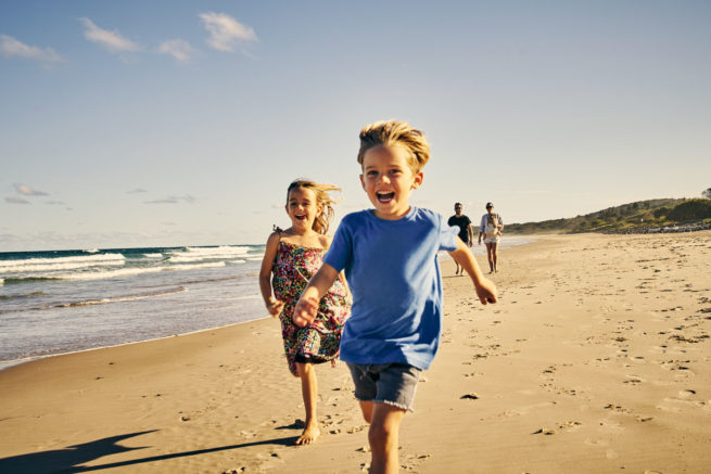 kids-beach-summer